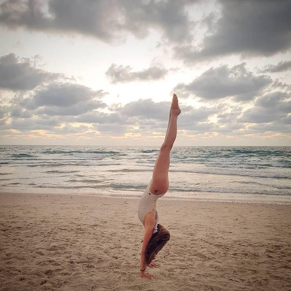 תרגולי יוגה במרוקו קיץ