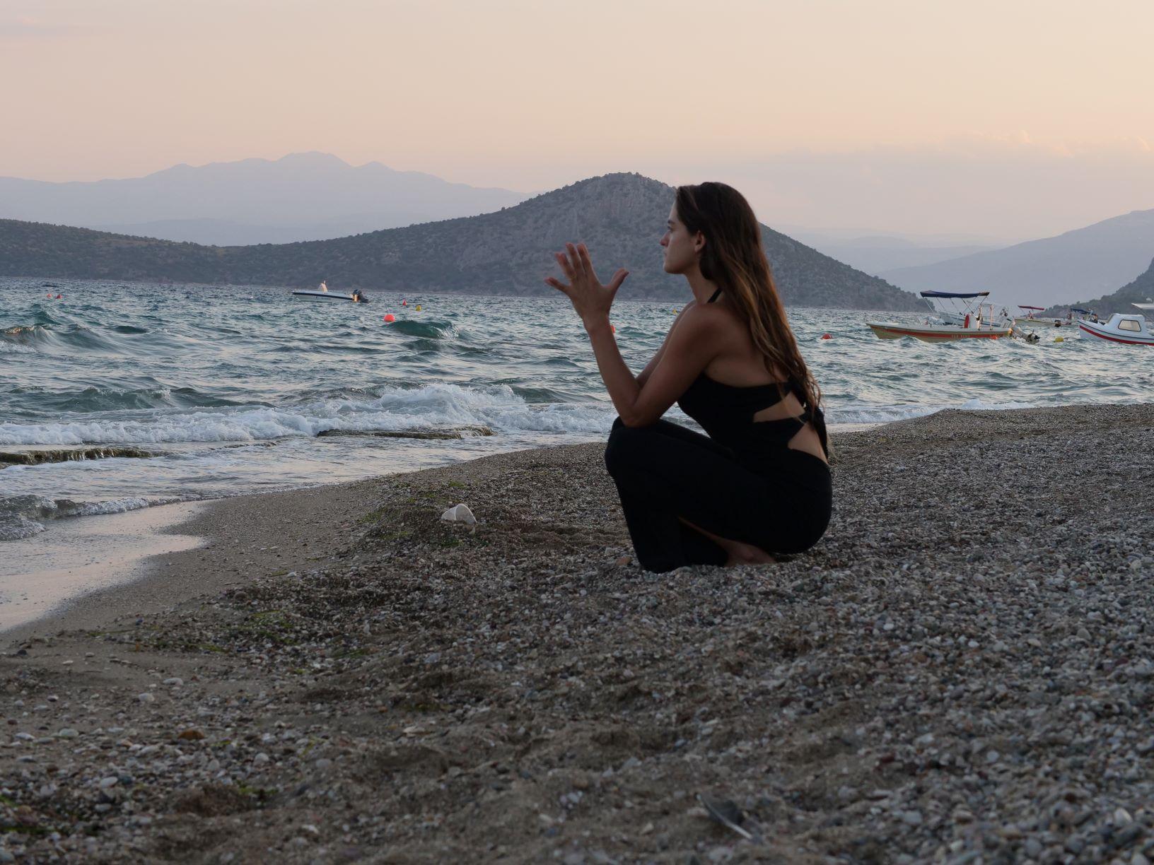 חופשת יוגה פילאטיס ביוון - יוגה טרוולס